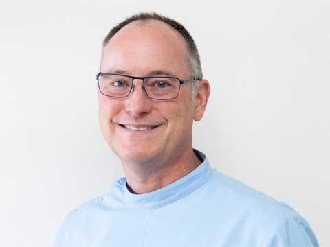 Dr Andrew Chadban