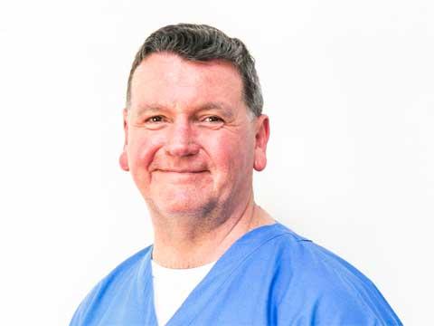 Dr Heath Robertson